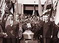 Častna straža ob krsti Antona Zagernika pred gasilskim domom v Brezju 1960.jpg