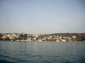 Emirgan - Emirgan seen from the Bosphorus.