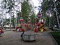 Детская площадка в сквере (Томск).JPG