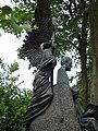 На могиле Петра Ильча Чайковского.jpg