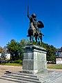 Пам'ятник князю Ігорю в Новгород-Сіверському.jpg