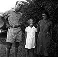 בית-זרע 1938 - אפרים ואני מרכוס ולאה - בתם היחידה - iוינטרשטייןi btm11402.jpeg