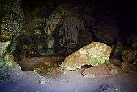 הנטיפים במערת ספונים.jpg
