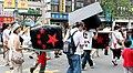 1025反馬嗆中大遊行-台大線 五星方帽子 (2970674427).jpg