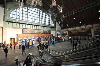 Basel SBB railway station - View of the ticket hall.