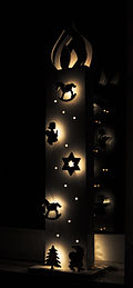 13-12-26 Chistmas candle silhouette.jpg