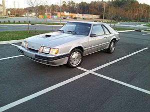 Ford Mustang SVO - Image: 1986 Mustang SVO gray
