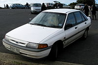 1993 Ford Laser (KH) GL Grand Slam 5-door hatchback (2008-08-24) 01.jpg