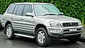 1999 Toyota RAV4 (SXA11R) Cruiser wagon (2011-11-17) 01.jpg
