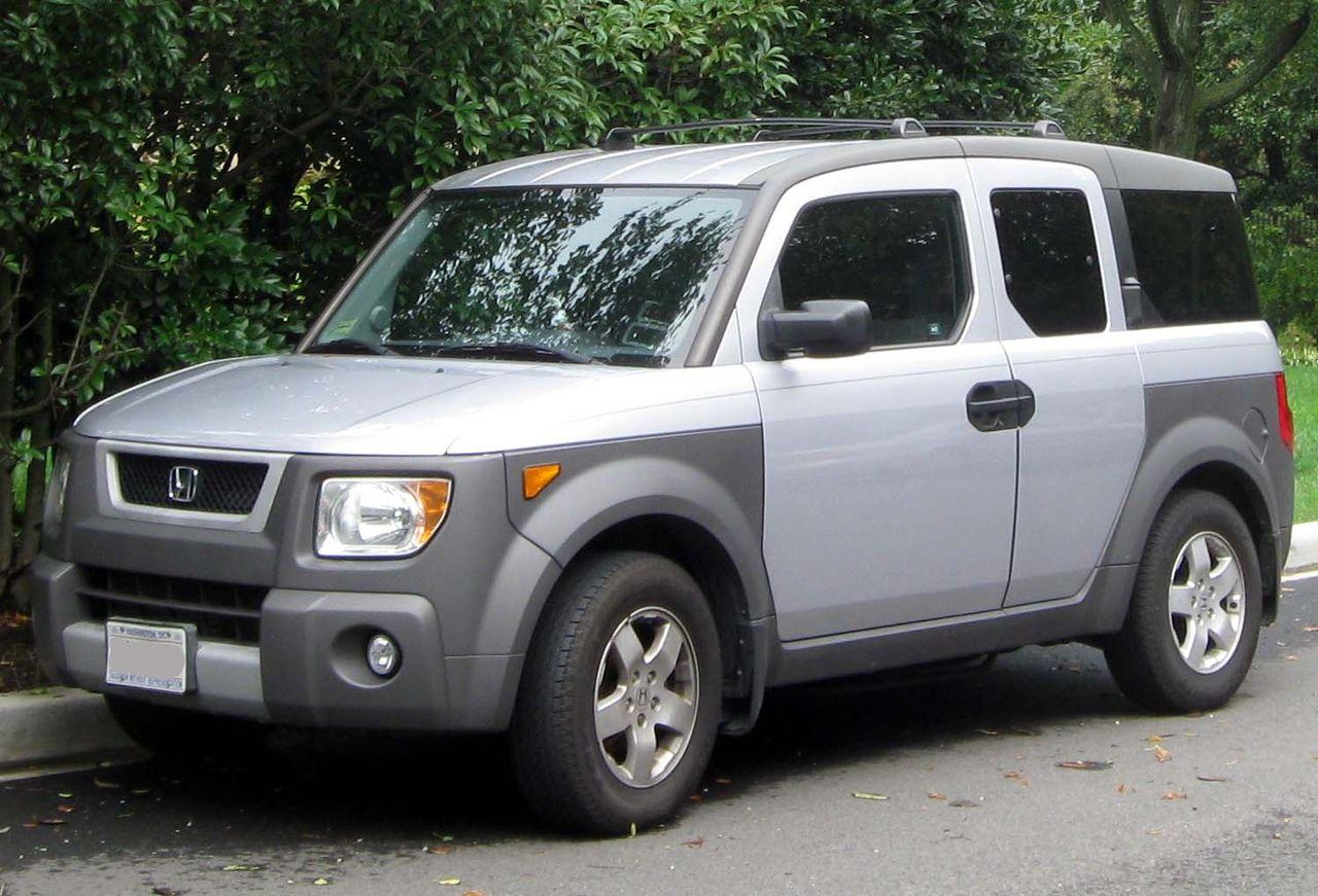 2003-2006 Honda Element -- 08-28-2011.jpg