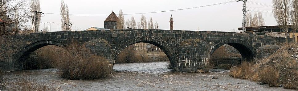 20110419 Tas Kopru bridge Kars Turkey Panorama