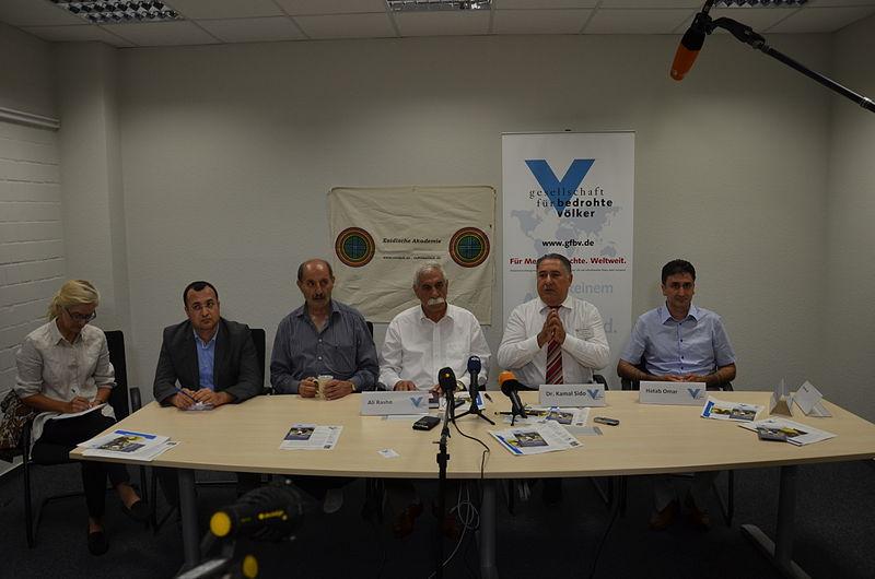 File:2014-08-05 Pressekonferenz Völkermord der ISIS im Irak, Gesellschaft für bedrohte Völker GfbV und Esidische Akademie in Hannover, (5).JPG