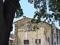 2148.Nimes-Languedoc Roussilion-Haus am Place des Arenes.JPG