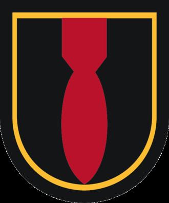 52nd Ordnance Group (EOD) - Image: 28 Ord Co beret flash
