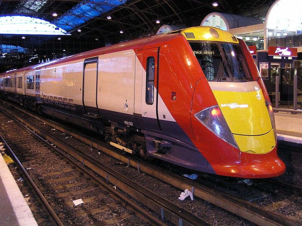 460007 at London Victoria