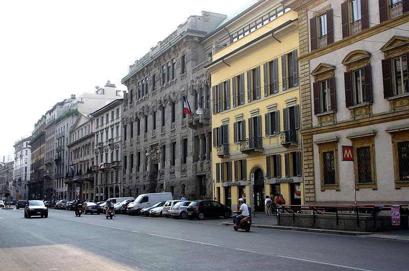 Ficheiro:9036 - Milano, C.so Venezia - Giuseppe Sommaruga, Pal. Castiglioni (1904) - Foto Giovanni Dall'Orto 22-Apr-2007.jpg