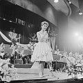 AVROs danstoernooi in het Kurhaus te Scheveningen optreden van Conny Froboess, Bestanddeelnr 911-0298.jpg