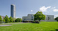 Aalto Theater mit RWE Tower 2014.jpg