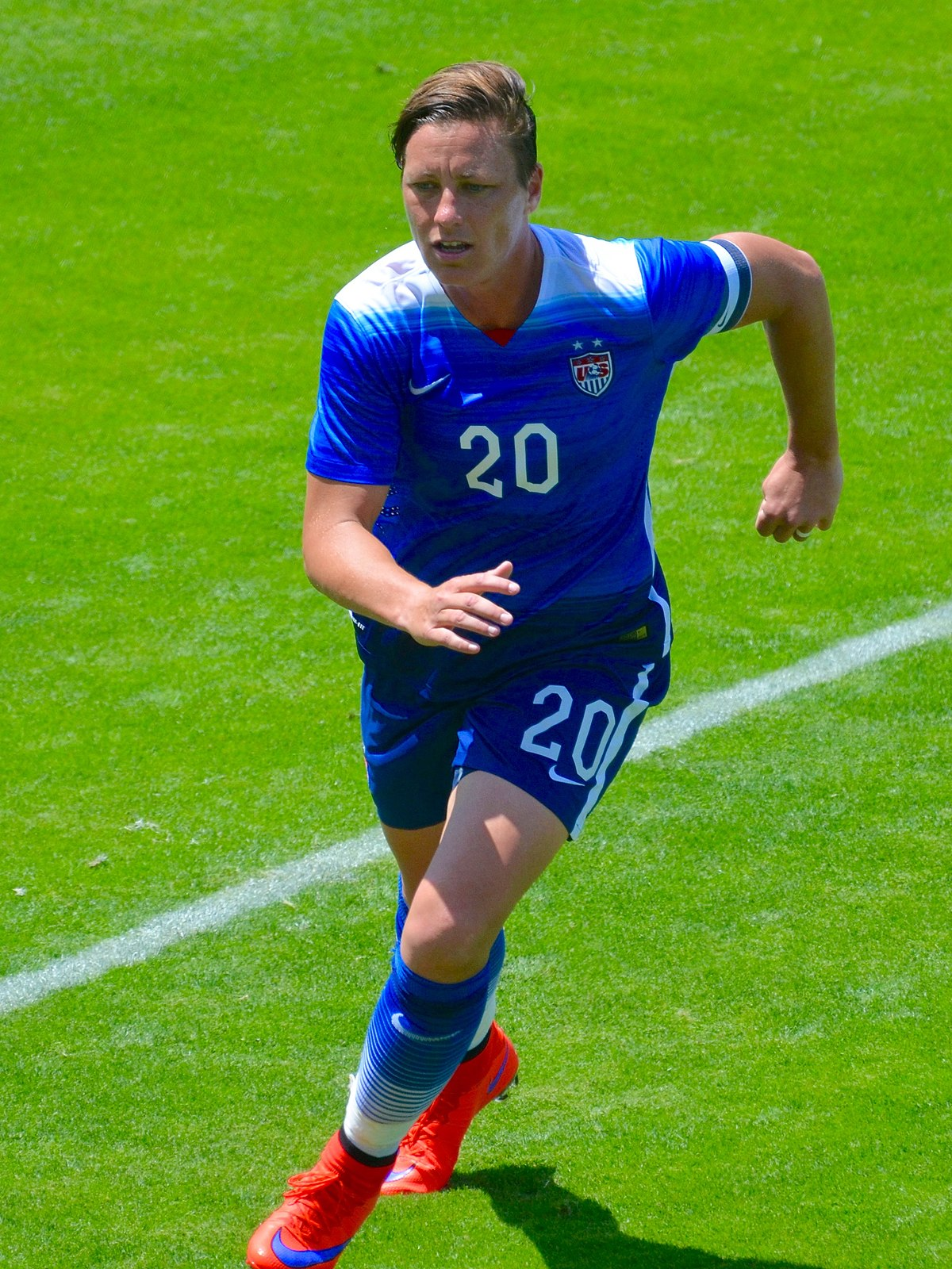 Abby Wambach Nude Photos 2