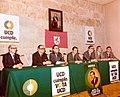 Adolfo Suárez participa en un acto de la campaña electoral de la UCD, en León. Pool Moncloa. 10 de febrero de 1979.jpeg