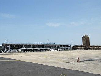 Léopold Sédar Senghor International Airport - Image: Aeroport LSS Dakar