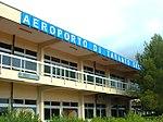 Aeroporto Taranto Grottaglie esterno.jpg