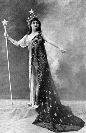 Der Hölle Rache kocht in meinem Herzen - Alice Verlet as Queen of the Night, 1912