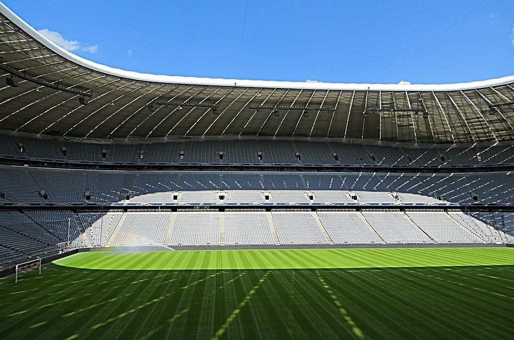 Allianz Arena - panoramio (5)