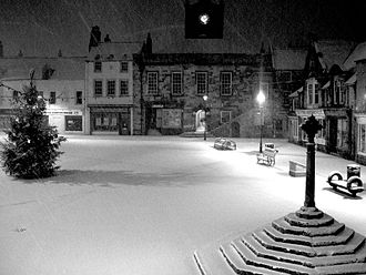 Alnwick - Alnwick marketplace at night in winter