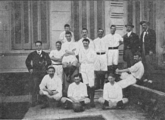 Football in Argentina - Alumni before playing Southampton in Buenos Aires, 1904.