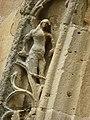 Amagne (Ardennes) église, portail, détail sculpture 02.JPG