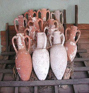 300px Amphorae retouched Ancient Roman Shipwreck Off Genoa Coast