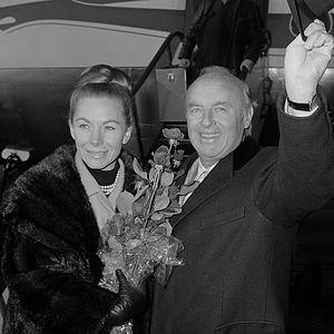 Andre Kostelanetz - Andre and Sara Kostelanetz (1963)
