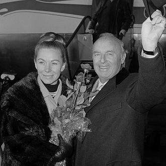 Andre Kostelanetz - Andre and Sarah Kostelanetz (1963)