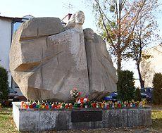Pomnik Pami�ci Ofiar Faszyzmu Anio� �mierci