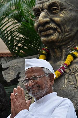 Anna Hazare - Anna with Mahatma Gandhi statue in Ralegan Siddhi