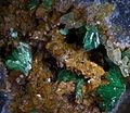 Annabergite-Siderite- Grece-1.jpg