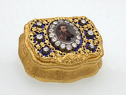 anonymous master: Snuffbox with a miniature portrait of King Léopold II