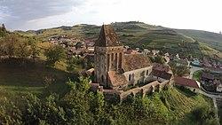 Ansamblul bisericii fortificate -vedere aeriana 1.JPG