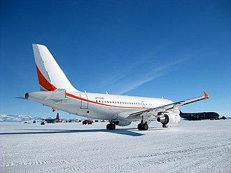 Aeronautical mobile (OR) service - Image: Antarctica Mc Murdo Ice Runway Skytraders A319