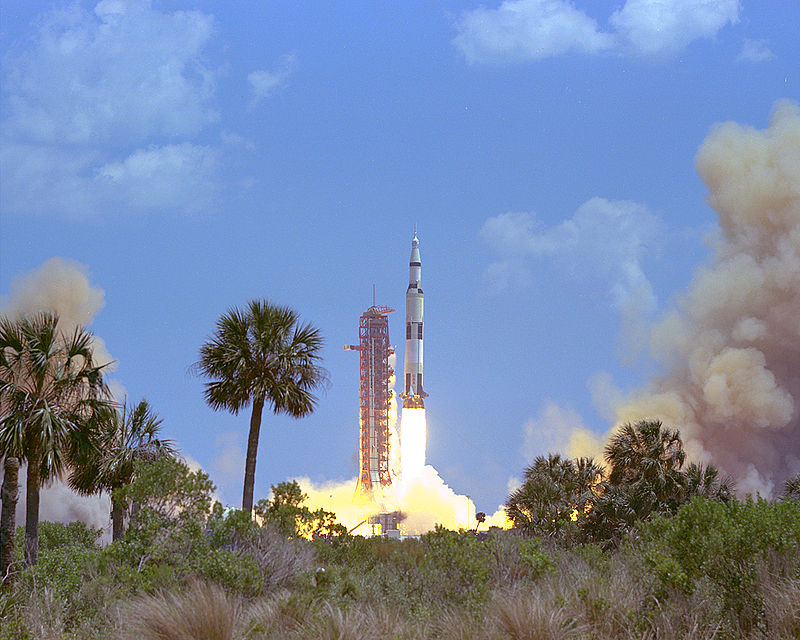 Apollo 16 Launch - GPN-2000-000638.jpg
