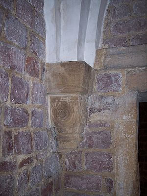 Jewish courtyard - Arch