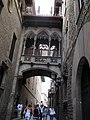 Arco gotico-carrer de bisbe-barcelona - panoramio (1).jpg