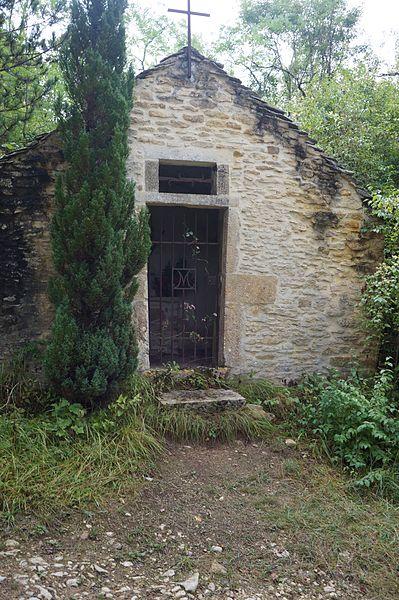 Chapelle Saint-Nicolas sur le chemin de liaison entre  Asquins et le GR 13,  Yonne Bourgogne, France