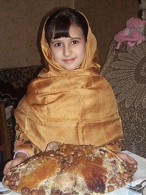 Kelaghayi - Image: Azerigirl ira