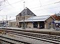 Bahnhof Gilching-Argelsried Empfangsgebäude Gleisseite.jpg