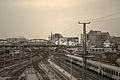 Bahnhof in Gelb (13263594713).jpg