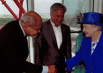 Cecil Balmond - Cecil Balmond and artist Anish Kapoor meet Queen Elizabeth II at the ArcelorMittal Orbit.