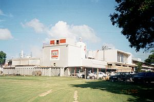 Banks Barbados Brewery - The Banks Brewery in Barbados (c.a. November 2000)