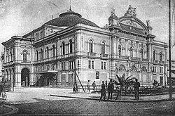 Foto d'epoca del Teatro Petruzzelli.